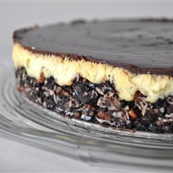 Nanaimo Bar Cheesecake - perfect treat for Canada Day!