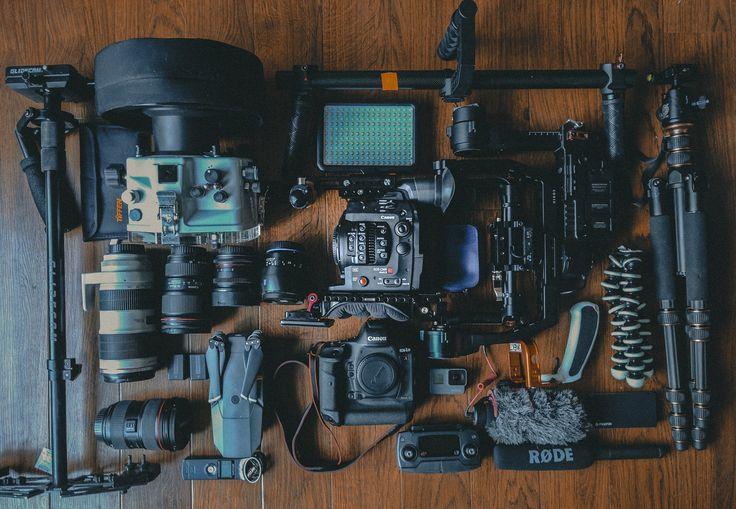 Μέσα από τον σημερινό οδηγό, θα δούμε τι ακριβώς είναι το vlogging, με ποιον τρόπο μπορείς να ξεκινήσεις και σε ποιες υπηρεσίες πρέπει να εστιάσεις περισσότερο.