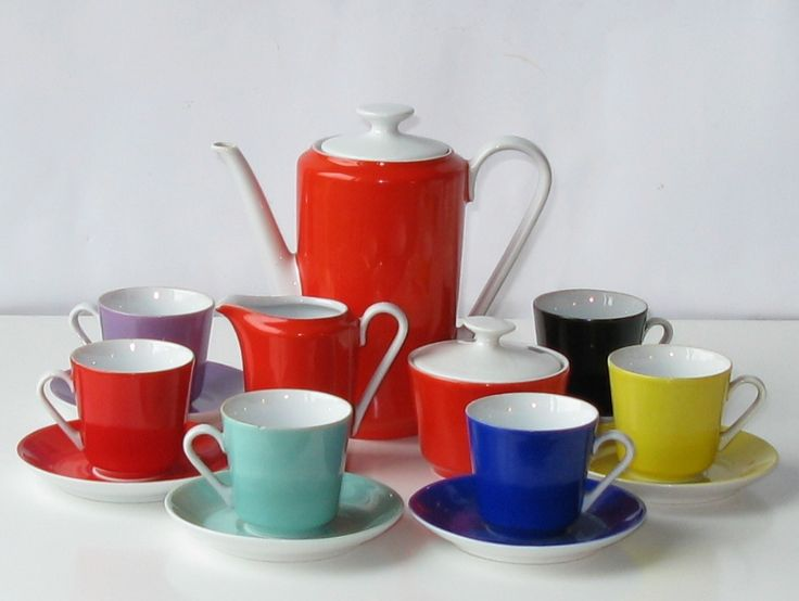 Kolorowy serwis do kawy / espresso porcelana KAHLA (DDR) – lata 60., Niemcy | Colourful coffee / espresso set porcelain Kahla (DDR) - 60s, Germany | buy on Patyna.pl #Kahla #Germany #60s #1960s #colour #porcelain #coffee #coffeeset #espresso #DDR #German #design #ceramics #retro #vintage #forsale #inspiration #kitchen
