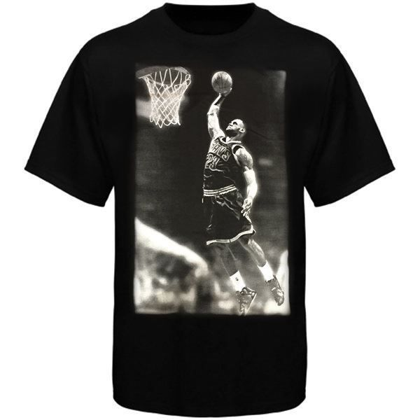 Cavs James BW Dunk Tee in black at the Cleveland Cavaliers Team Shop