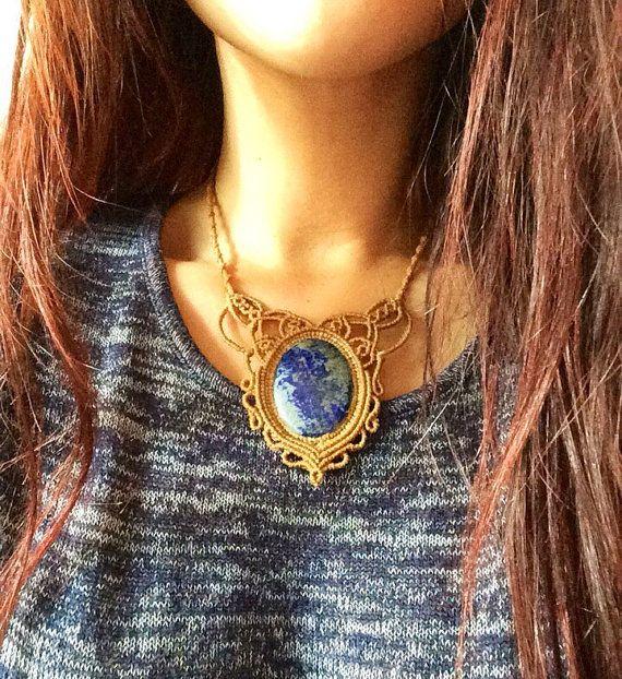 Lapiz Lazuli Necklace bohemian jewelry. Collar por LaFabulaDeAracne