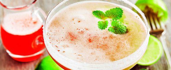 UKENS DRINK: Rabarbra er perfekt i en margarita - Aperitif.no