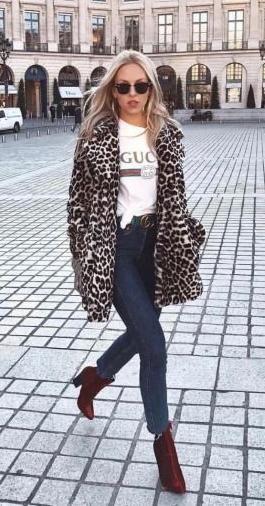 leopard print faux fur coat. street style.