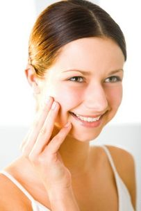 Your facial muscles need exercise just as much as the rest of your body. So here are the best facial muscle exercises to stay looking young! http://fitness.mercola.com/sites/fitness/archive/2010/05/18/the-best-exercises-for-your-facial-muscles-to-stay-looking-young.aspx
