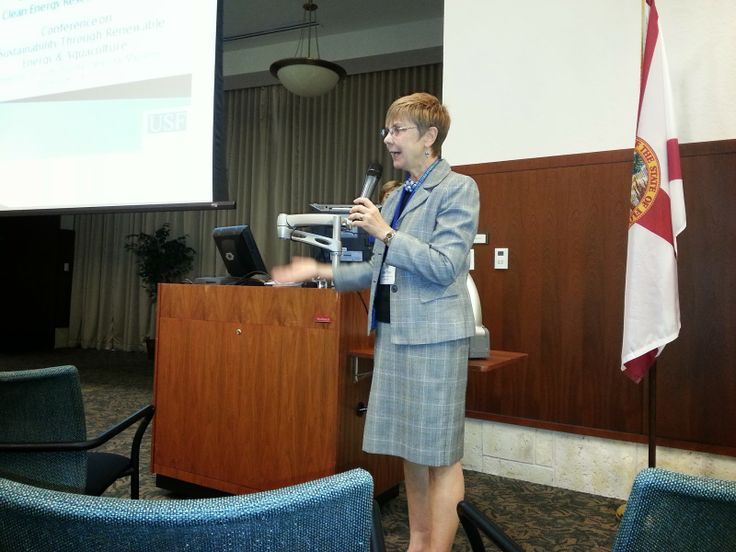 University of South Florida Sarasota Manatee Dean Dr. Jane Rose welcomes attendees at the International Sustainability & Aquaculture Conterence