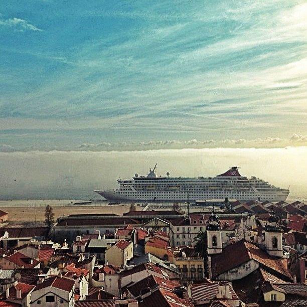 Lisboa,  Navio de Cruzeiro