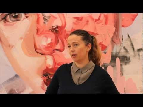 Jenny Saville discusses the origins of her interest in portrait painting and her use of photography for portrait painting.