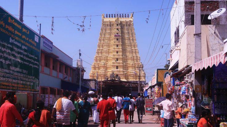 22 Kund Snanam and Ramanathaswamy Temple Darshan in Rameshwaram