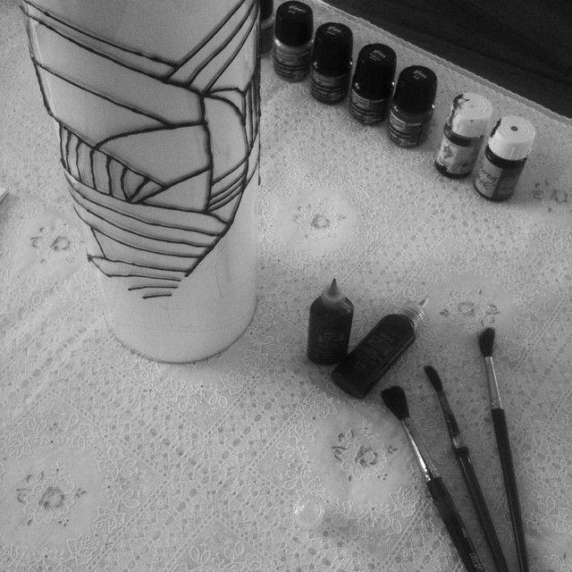 Something is in process... #lampdesign #lamp #glasspaint #design #zsofigraphicdesign #zsofi #art #kunst #graphicdesigner #grafischontwerper