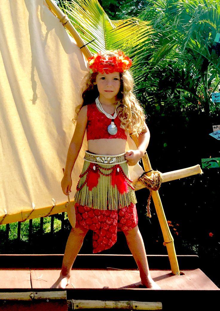 Moana costume, diy, Disney costume, award winning, Moana, Polynesian, Samoan, costume by Darcy Reaver