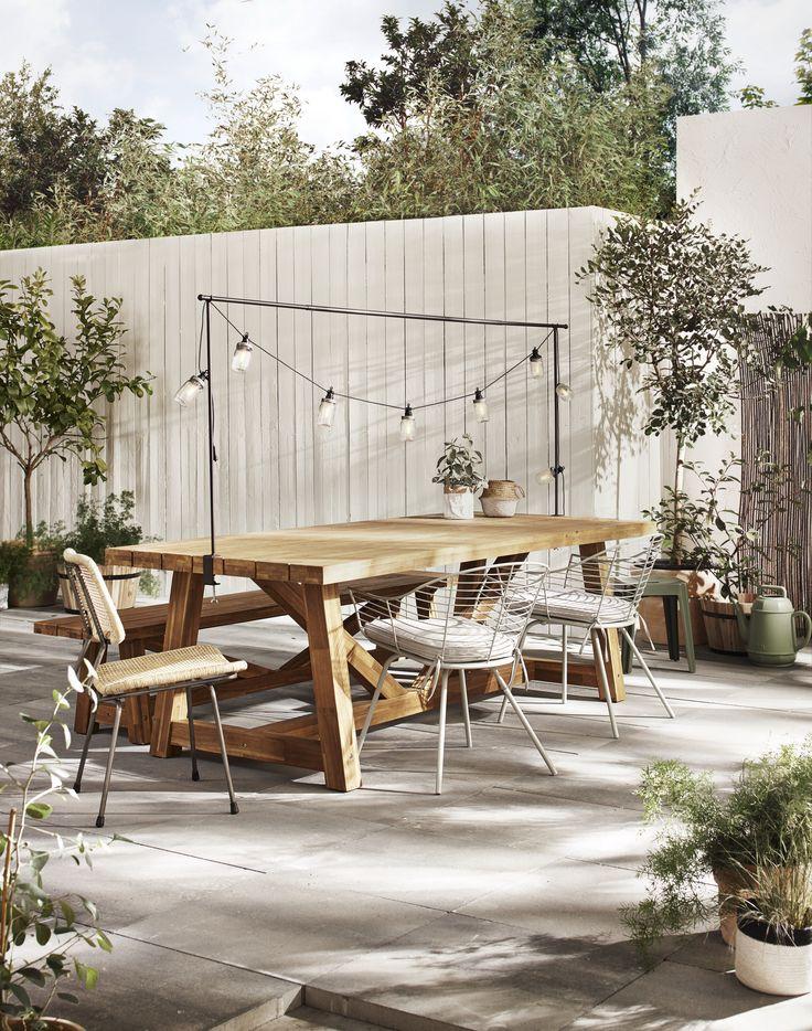Tuintafel met gezellige lampionnetjes | Garden table with trendy lanterns | KARWEI 3-2018
