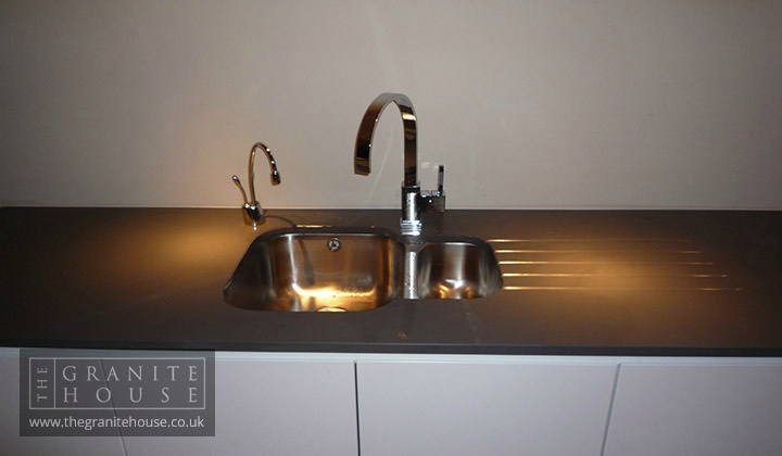 Silestone cemento spa bowl and grooves kitchen - Silestone cemento spa ...