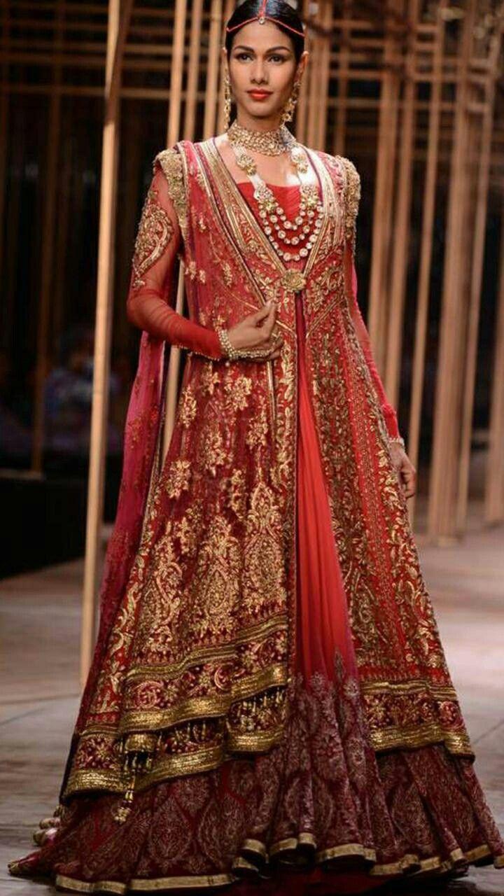 ae50d0f914 Pakistani bride wedding 2018