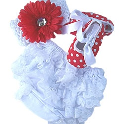 @Overstock - This sweet baby set by Custom Sewing features girly red polka-dots and lace ruffles. An elastic waistband and leg openings make the bloomers easy to pull on over a diaper. The set is finished with a flower clip headbnad and slip-on crib shoes. http://www.overstock.com/Main-Street-Revolution/Custom-Sewing-Baby-Red-Polka-Dot-Shoes-Bloomers-Set/6691044/product.html?CID=214117 $18.99Custom Sewing, Girly Red, Bloomers Sets, Elastic Waistband, Flower Clips, Cribs Shoes, Baby Sets, Baby Arroyo, Red Polka Dots