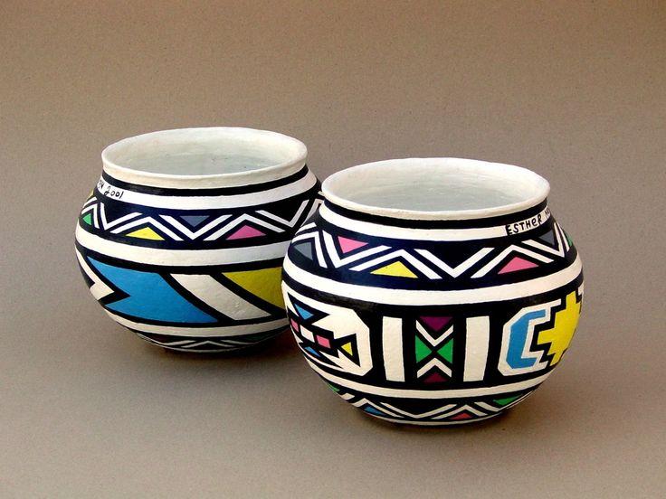 Esther Mahlangu, Pots Painted, 2001