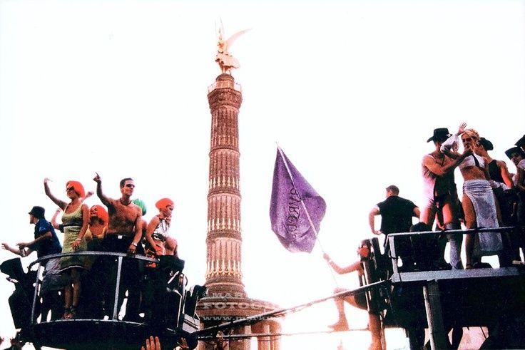 Loveparade Die Geilste Party Der 90er Loveparade Berlin 90er Musik Musik