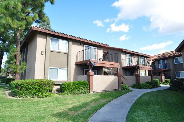 Shadow Way Apartments In Oceanside Ca Income Restrictions May Apply Oceanside House Styles Apartment