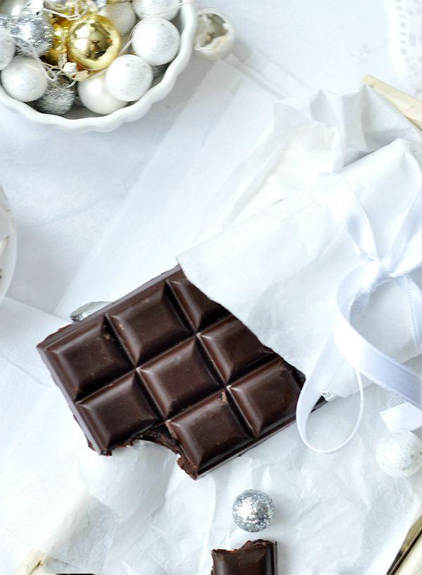 DIY karácsony: csinálj házi csokit és bonbont karácsonyra http://www.nlcafe.hu/advent_mezeskalacs/20151130/csoki-csokolade-gasztroajandek-recept/