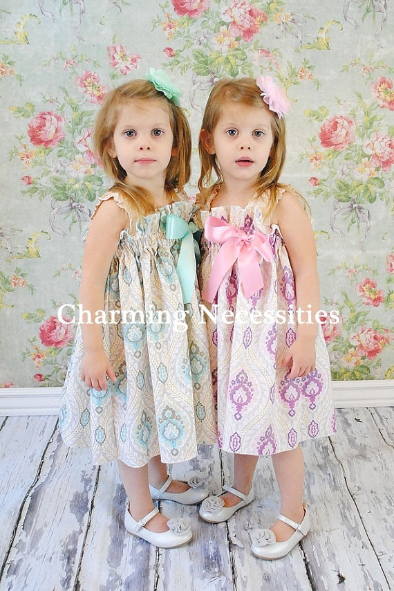 omg, if you have twin girls you have to have these dresses!!