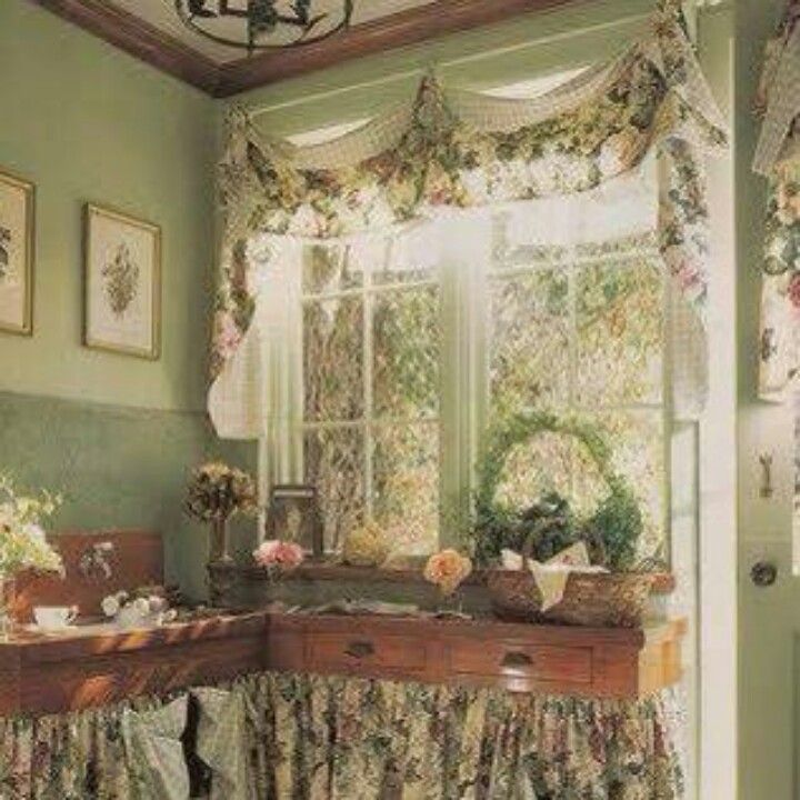 Country Cottage Kitchen Curtains: 11 Best Floral Arrangements Images On Pinterest