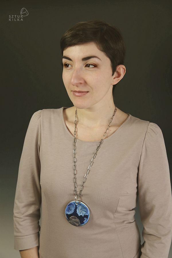 Frozen Wave - silver pendant / necklace with porcelain | crystalline ceramics | crystalline glaze | Zmrożona fala - srebrny wisior z porcelaną | Szkliwa krystaliczne | ceramika krystaliczna | Sztuk Kilka