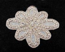 Gratis shippment! Nieuwe ontwerp op te naaien/hotfix bruids bruiloft strass motief applique bekleding 10*12cm(China (Mainland))