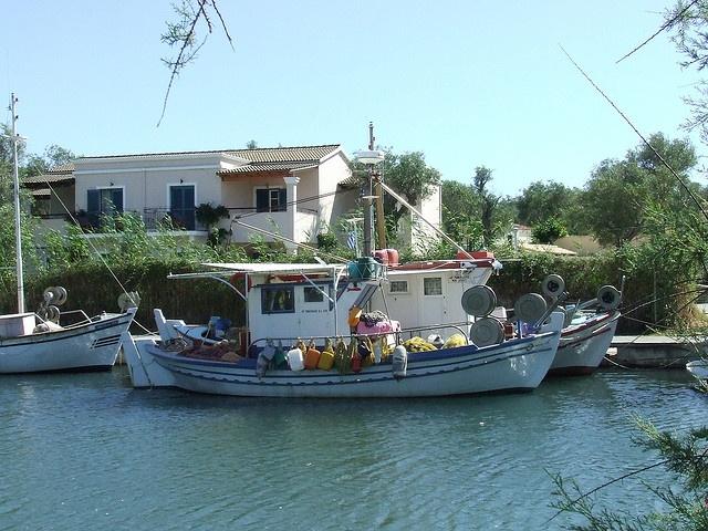 Villas With Pools Boukari