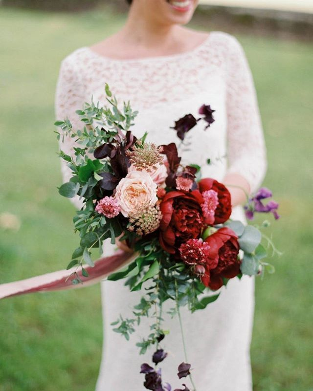 Getting married in Switzerland with this fluffy fall bouquet has to be the best thing EVER!   Photography: @annatereshinaphoto   Event Design: @nathmajenia   Floral Design: @floresie   Wedding Dress: @delphinemanivet   Venue: Château d'Eclépens