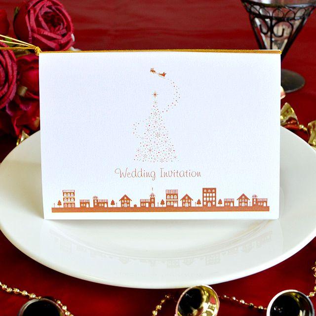 手作り【招待状キット】クリスマスタウン(1名様分) おしゃれな街並みと、キラキラ輝くクリスマスツリーが 印象的な手作り招待状キット。 白を基調としたシンプルで可愛いデザインなので、 年代問わず喜ばれるデザインとなっています(*^^*) クリスマスシーズン結婚式の方におすすめです♪