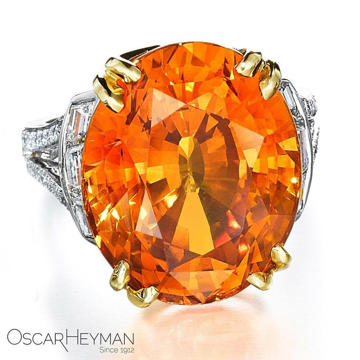 Soaking up our Vitamin C with this juicy 25ct Orange Sapphire Ring!