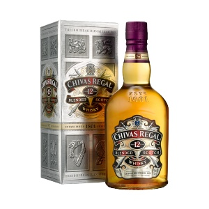 Whisky Chivas Regal 12 years 700 ml. Chivas Regal is one of the brands of scotch (scotch) known the world over.