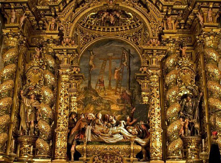 """Altarul Bisericii Spitalului de la Caridad Seville. Altar """"Înmormântarea lui Hristos"""". Stilul baroc este opera lui Bernardo Simón de Pineda (1674)"""