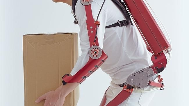 "Be Super Human? Be Iron Woman/Man through cybernetic exoskeleton ""muscle suit."" This accessory will help humans enhance their existing strengths. #robot #exoskeleton http://www.wearabletechusa.com/live/wearable-power-assist-device-goes-on-sale-in-japan/"