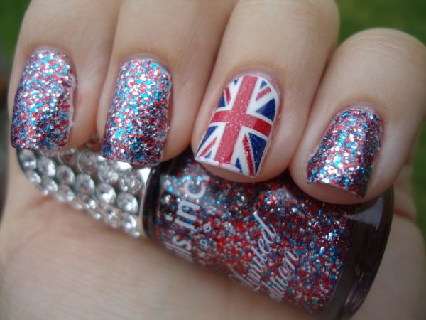 Polished: Jubilee Nail Art Series #1: Flying the Flag