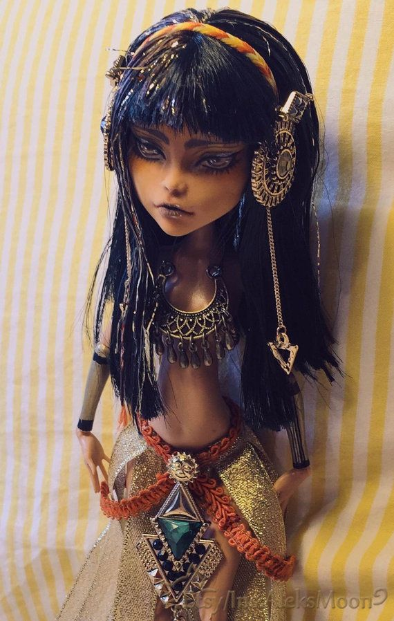 KEINE Bestellung für diese Puppe. Reserviert für von AleksMoon