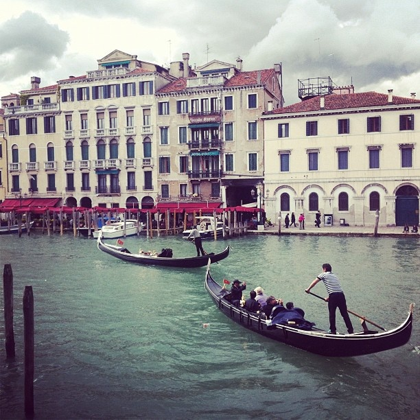 Oh Venice!!! I love you madly!! #streetphotography