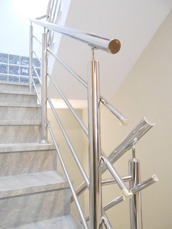 Las 25 mejores ideas sobre escaleras de acero inoxidable - Barandillas de escaleras ...