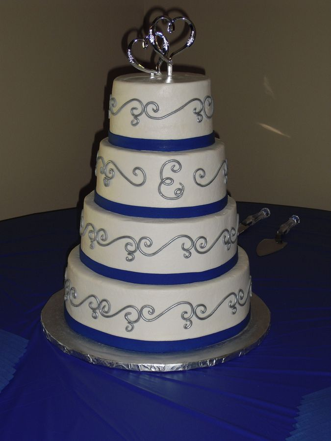 blue and silver wedding centerpieces | Horizon Blue and Silver Accents — Round Wedding Cakes