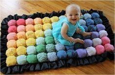 ARTE COM QUIANE - Paps, Moldes, E.V.A, Feltro e Costuras: Pap Tapete acolchoado para bebês aqui: http://www.artecomquiane.com/2013/08/pap-tapete-acolchoado-para-bebes.html