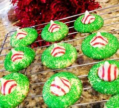 10 Tips for a Whobilicious Grinch Movie Night! | Candy Cane Blossoms via Princess & The Peas || Grinch Night! A Fun Family Christmas Tradition! || Letters from Santa Holiday Blog