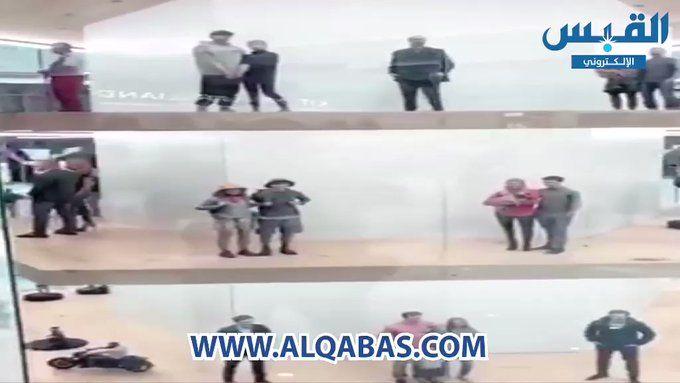 Rt Alqabas بالفيديو إغلاق محل بيع المجسمات في الكويت بعد الحملة على ما يسمى بـ الأصنام Http Bit Ly 2xh3oov أصنام في الكوي Baseball Cards Sports Cards