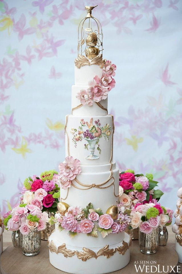 Flights of Fancy | Photography by: Amsis Photography | WedLuxe Magazine #weddingcake #floral