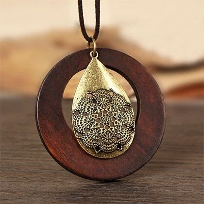 Wood pendant with cotton rope