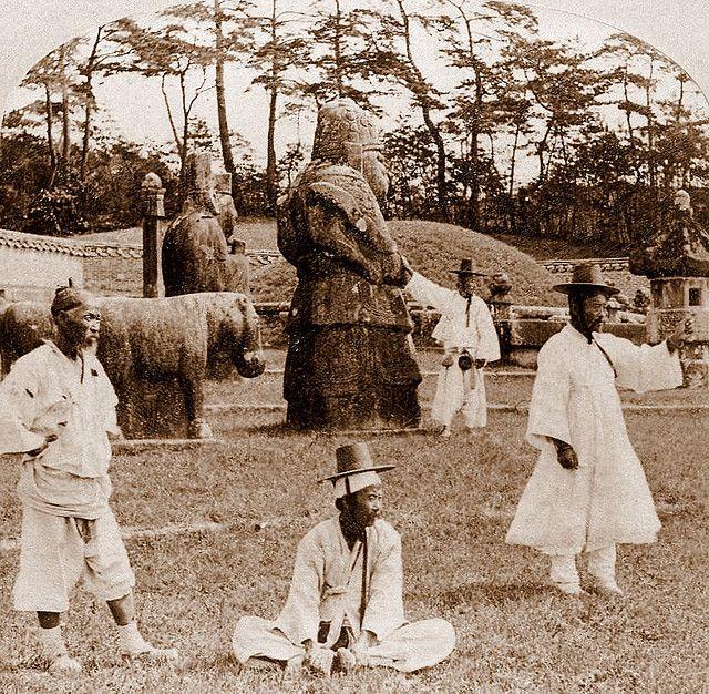 OLD KOREA - LAND OF THE MORNING   -- The Royal Tombs   Okinawa Soba