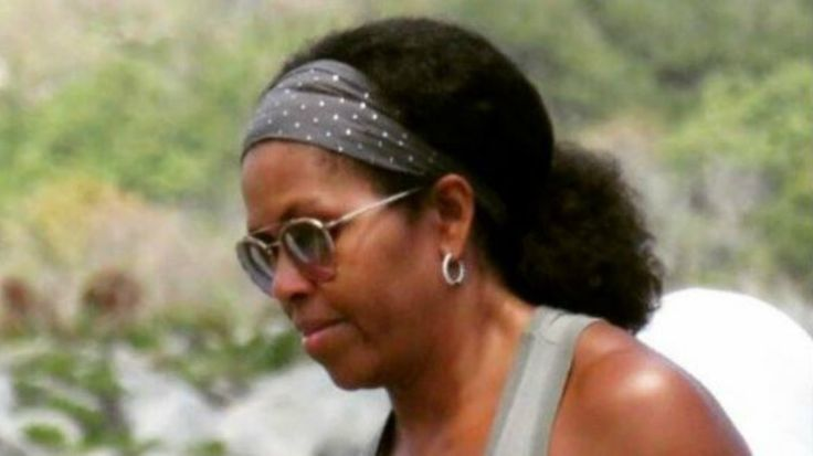 Johnny Wright, the man who styled Michelle Obama's hair during her tenure in the White House confirms that the viral picture is indeed her.