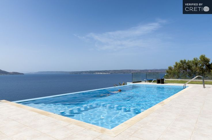 Breathtaking sea view villa with private infinity pool located in Plaka.