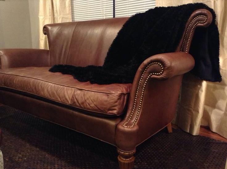 SITTING AREA | theMochaRoom  themocharoom.com