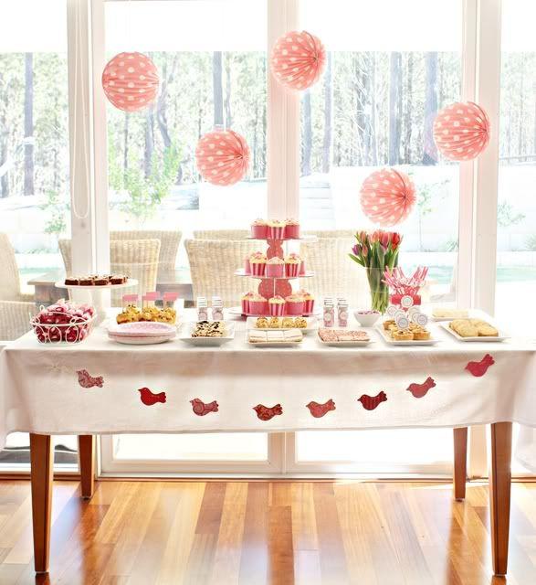 Encontre dicas para Decoração de festa infantil simples e barata, dessa maneira você economiza na hora de decorar a festa das crianças, abuse do bom gosto.