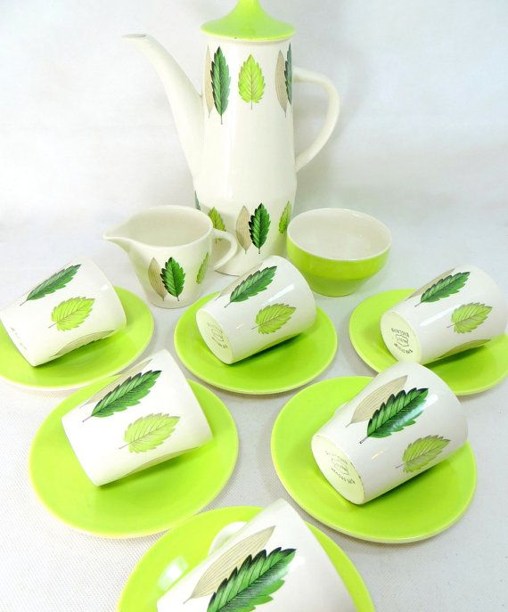 retro-leaf-green-coffee-set-mid-century