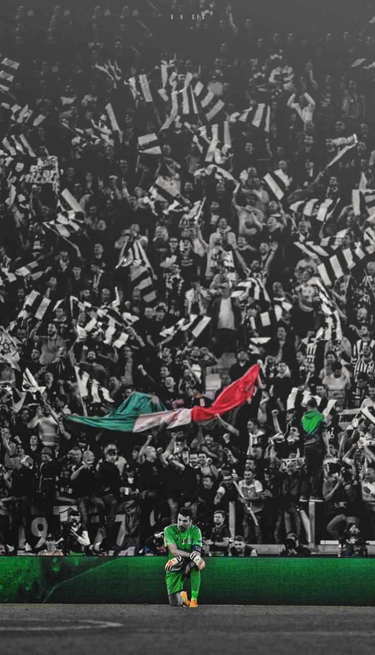 Rispetto e realtà, per il numero uno di questa città. #Torino#Gigi#Buffon#leggenda#unico⚪⚫